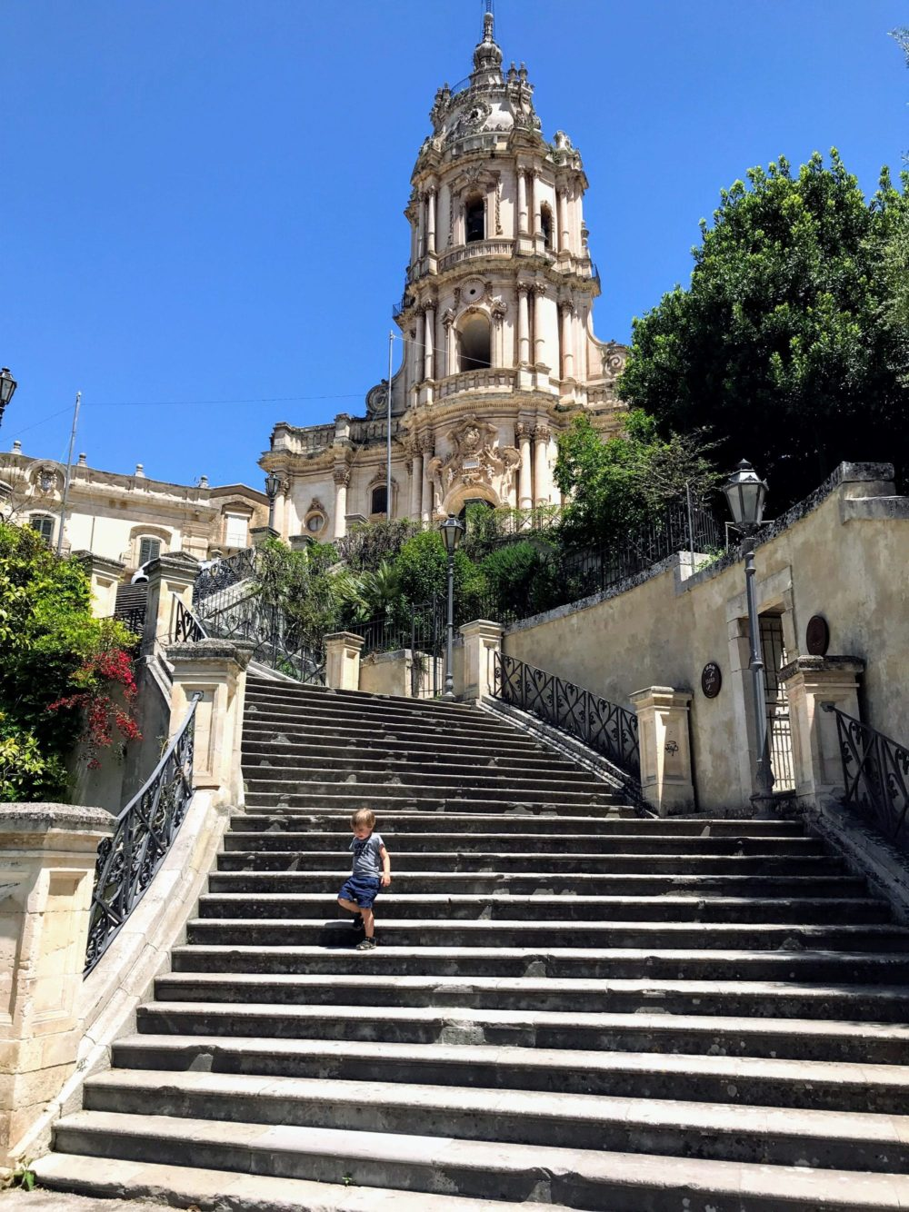Entry to Gli Orti Di San Giorgio via the Stairway to Duomo San Giorgio