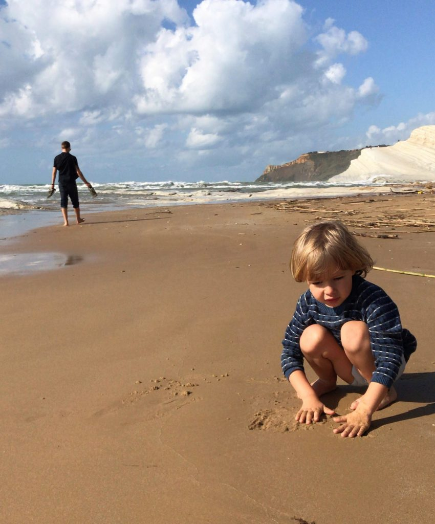 Kid on the beach Scala dei Turchi